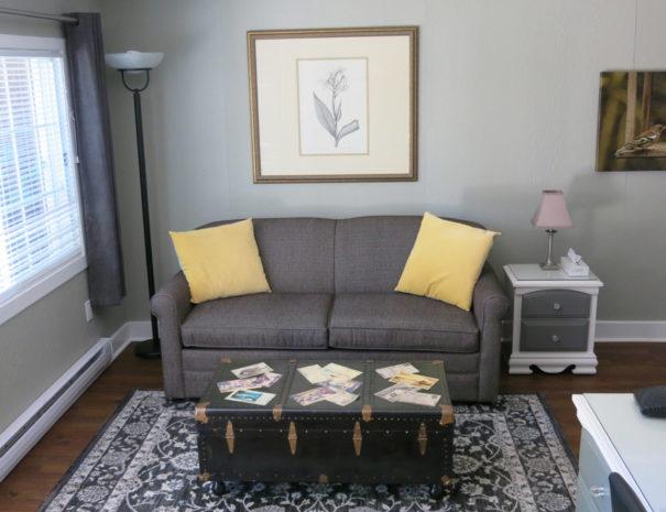 room-gardensuiteone1-feature